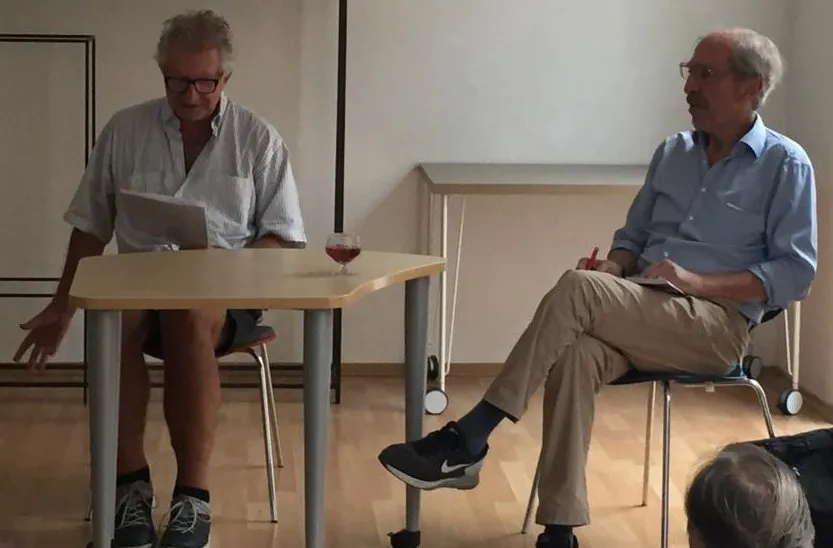 Ulrich Schäfer-Newiger und Moderator Wolfram Hirche